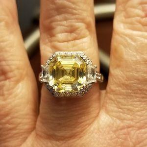 Arabella Yellow Stone Swarovski Zirconia Ring